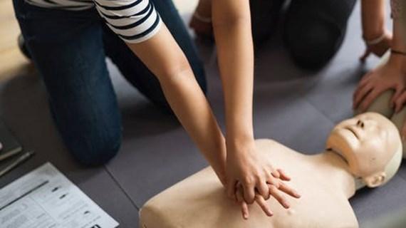 Hjertestarter og Førstehjælp